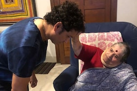 Here's How Sachin Tendulkar and The Lot Wished Their Mums on Mother's Day