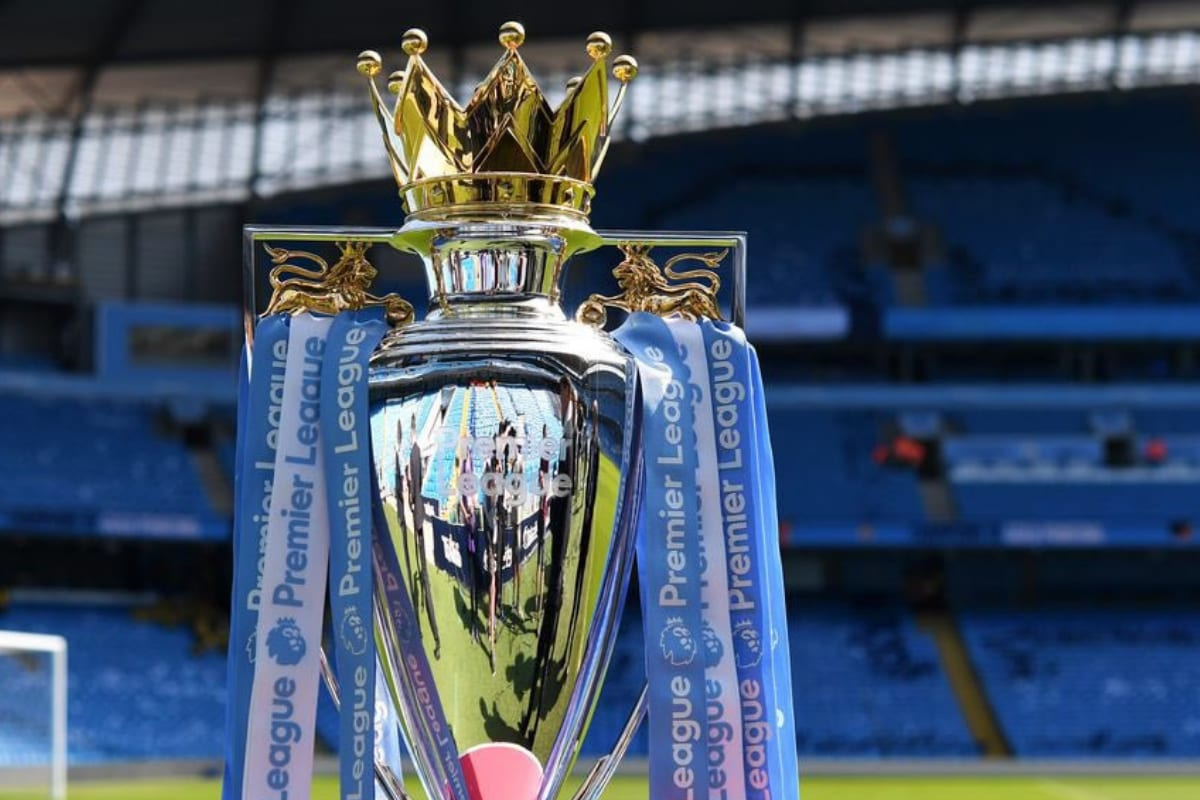 Premier League Players, Staff Ordered by England Government to Get Vaccinated Before Season Commences