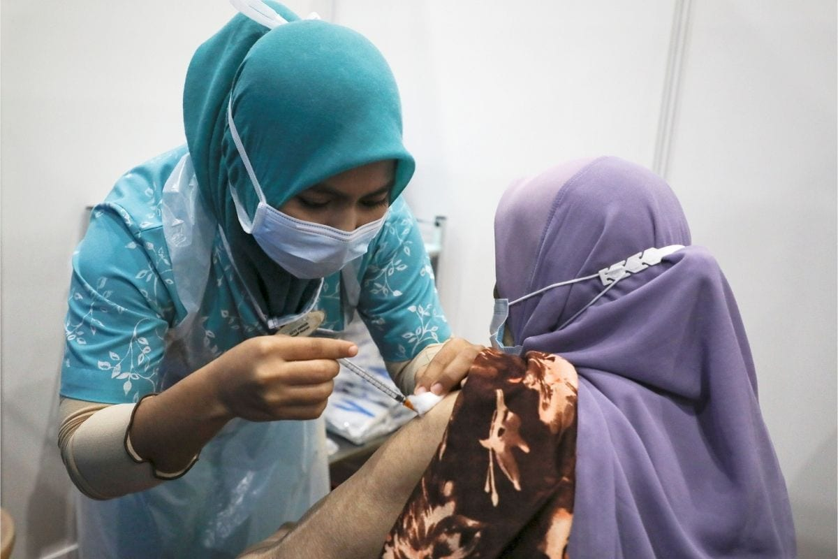 Quad's Commitment to Provide a Billion Vaccines to People in Southeast Asia is on Track: WH Official thumbnail