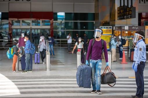 Delhi doctors expressed concern over crowding at tourist destinations (Representational photos)
