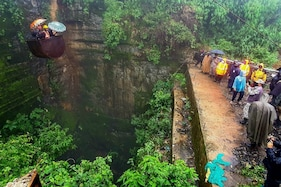 5 Trapped for 14 Days in Meghalaya Mine, Navy Joins Rescue Efforts