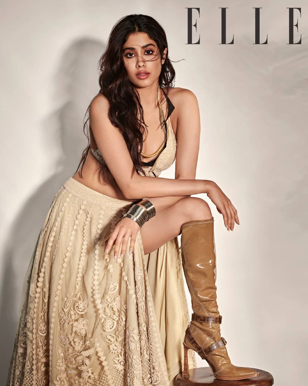 Janhvi Kapoor oozes oomph in her sexy pose. (Image: Instagram)