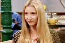 Lisa Kudrow Forgot How to Play 'Smelly Cat' for Friends Reunion