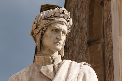 The white marble monument of Dante Alighieri in Florence, Italy. (Credit: Shutterstock Images)