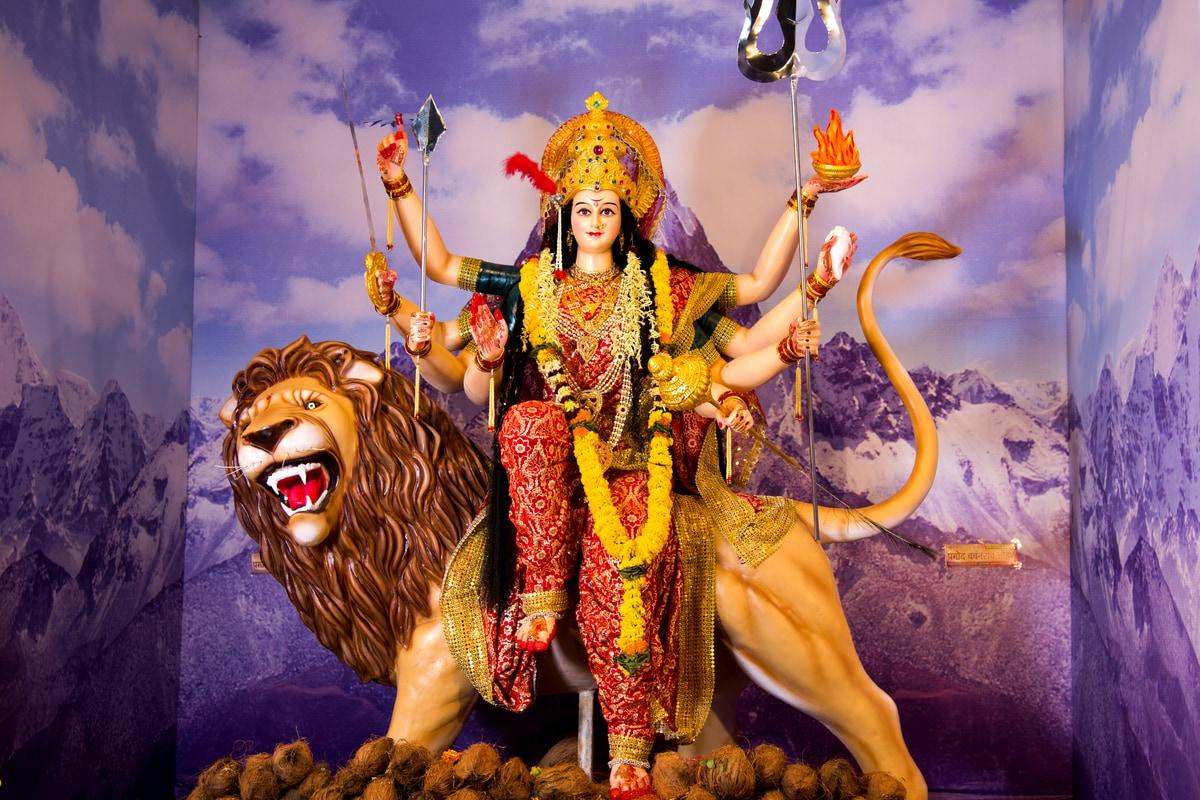 Durga Ashtami in June 2021 Date: Tithi, Shubh Muhurat, Significance and Puja Vidhi thumbnail