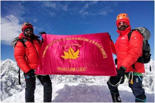Kashmiri men scaled Mount Everest   Image credit: Special Arrangement
