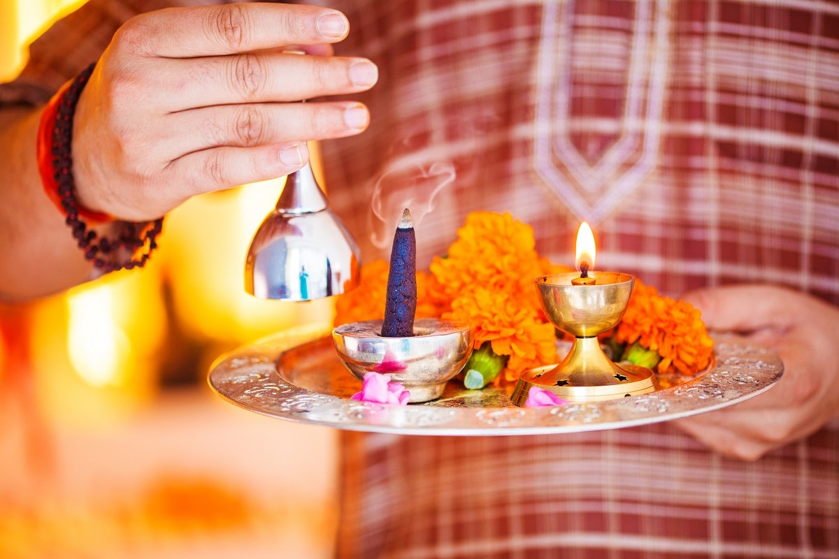 Check Out Tithi, Shubh Muhurat, Rahu Kaal and Other Details for Saturday