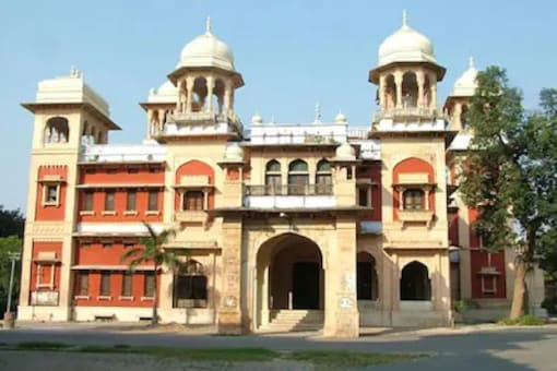 Allahabad University First-year, Post-graduate Students To Be Promoted Without Exam