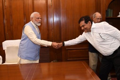 File image of PM Modi and AK Sharma. (Credits: aksharmabharat.in)