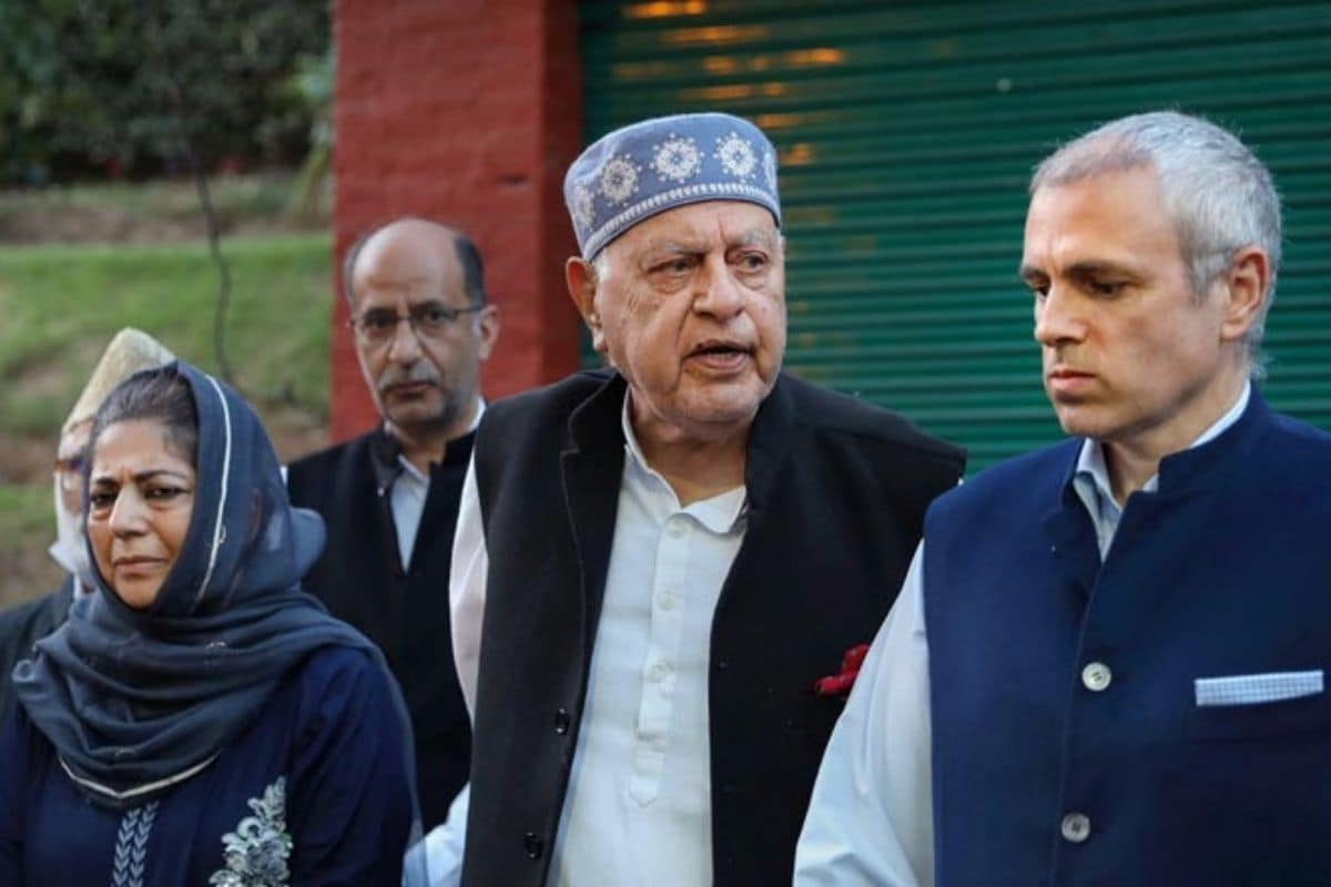 Mehbooba Mufti More likely to Skip PM Modi's Kashmir Meet, Would possibly  Nominate Farooq Abdullah - newz25.com