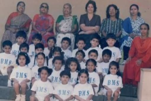 Sara Ali Khan Shares an Unseen Pic from Her School Days
