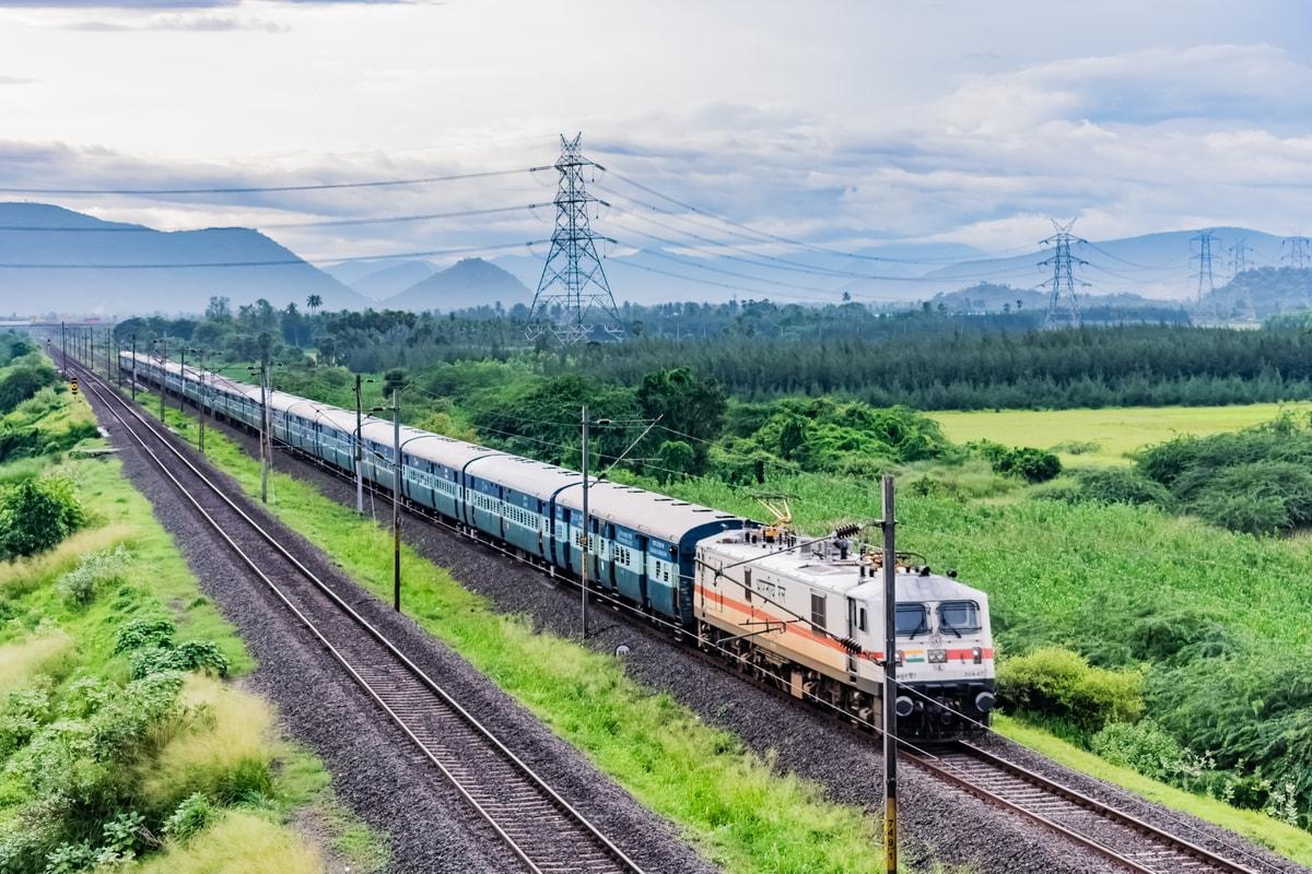 भारतीय रेलवे, शताब्दी सहित 17 जोड़ी ट्रेनों की सेवाएं बहाल करेगा;  पूरी सूची देखें