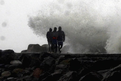 Bihar: Heavy Rain With Thunderstorm Expected, Yellow Alert Issued For 11 Districts