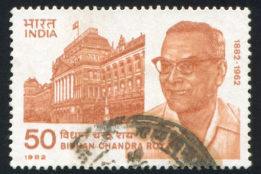 Stamp issued on 1 July, 1982 to mark the birth centenary of Dr. Bidhan Chandra Roy. (Image: Shutterstock)