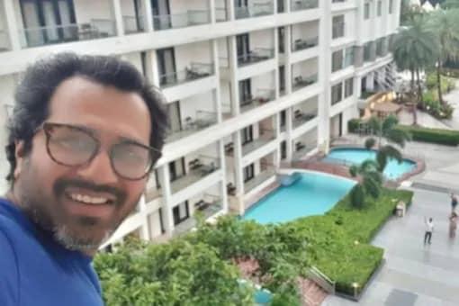 Taarak Mehta Ka Ooltah Chashmah's Director Shares Funny Video From Toilet Seat
