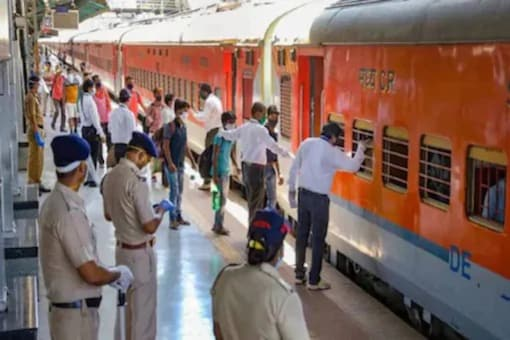 Indian Railways Approves Additional Coaches in 13 Pairs of Special Trains; Check Full List