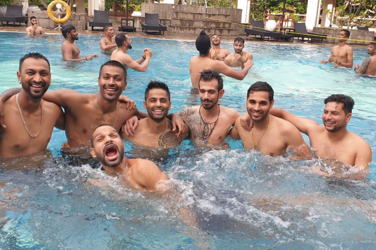 Players 'Chill By the Pool' After Completing Quarantine
