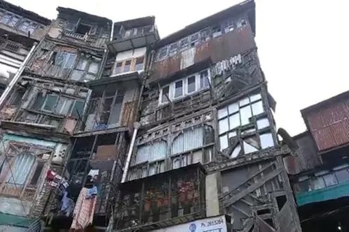 Unsafe Buildings In Shimla Pose Threat, Occupants Refuse To Vacate
