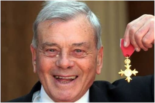 English umpiring great Harold 'Dickie' Bird was presented with an honour at Buckingham Palace in 2012.