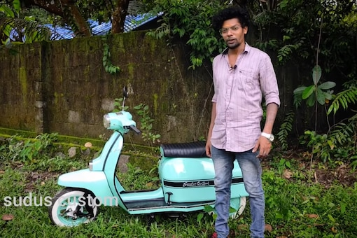Modified Electric Scooter From Kerala. (Image source: YouTube/Sudus Customs)