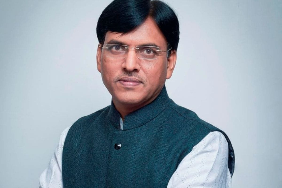 As Health Minister, Mansukh Mandaviya Takes Charge of the Battle Against  Covid-19