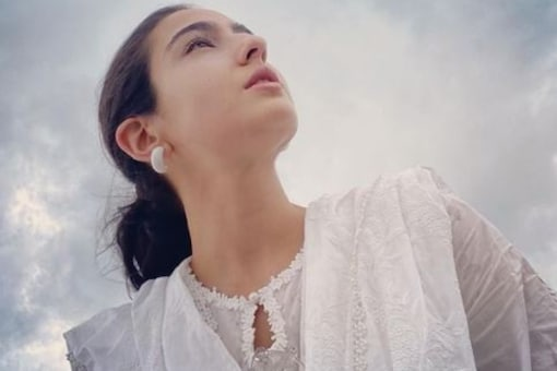 Sara Ali Khan Shares Gorgeous Pic with Words of Wisdom on Instagram
