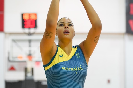 Liz Cambage pulled out of Tokyo Olympics (Twitter)