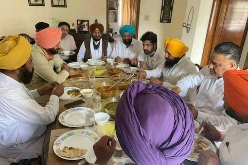 Navjot Singh Sidhu has met over 30 MLAs in the last 2 days ahead of his possible elevation. (News18)