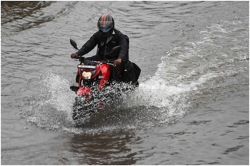 According to official sources, Narsapur (G) and two other locations in Nirmal district received extremely heavy rainfall (above 227. 5 mm)(Representational Photo: PTI)