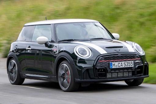 The car will be available in three variants, i.e., MINI Cooper, MINI Cooper S, and MINI John Cooper Works guise. (Image source: Mini)