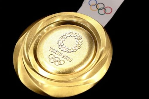 The silver medal weighs 550 grams and bronze weighs 450 grams.