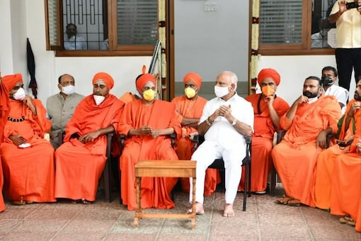 Several dozen Lingayat seers and other religious leaders have been openly supporting Yediyurappa, warning the BJP national leadership against any misadventures.  (ANI photo)