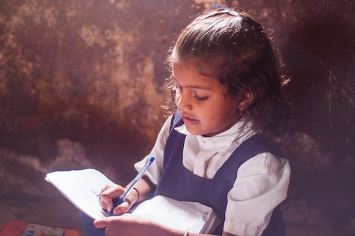 The student did not have electricity at her home. (Image Credits: Shutterstock/Representational)