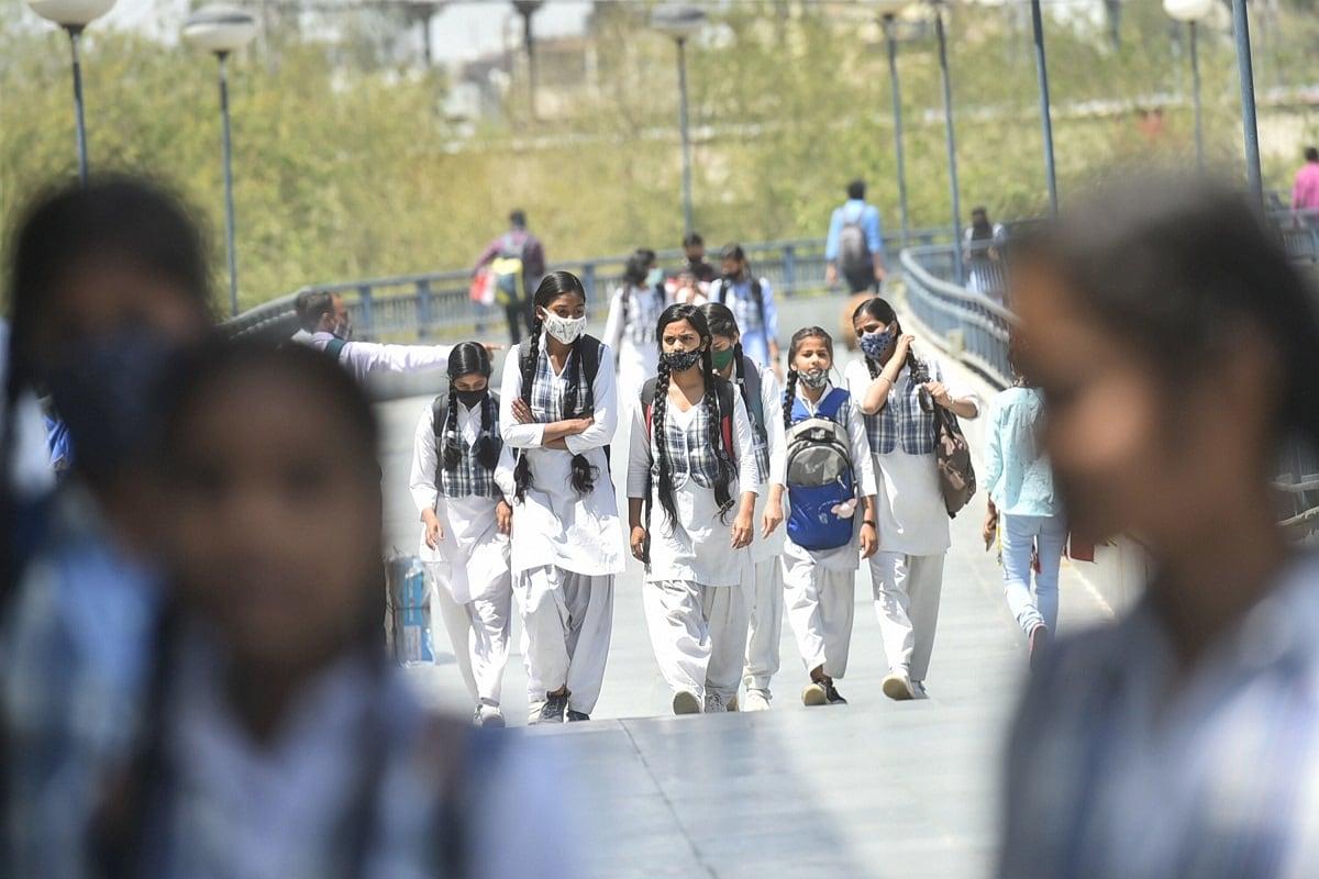 Academicians Claim Non Uniformity in Markings by Schools