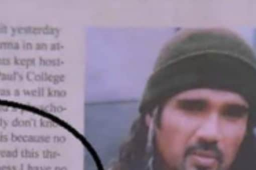 Funny details in Main Hoon Na's end credit newspaper clipping goes Viral.