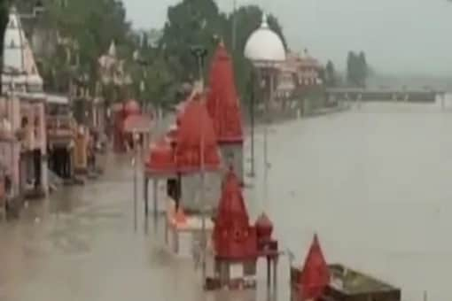In Ujjain, temples located on Ramghat were flooded.