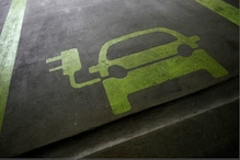 World EV Day 2021: Jio-bp Partners with BluSmart to Set Up EV Charging Infrastructure in India