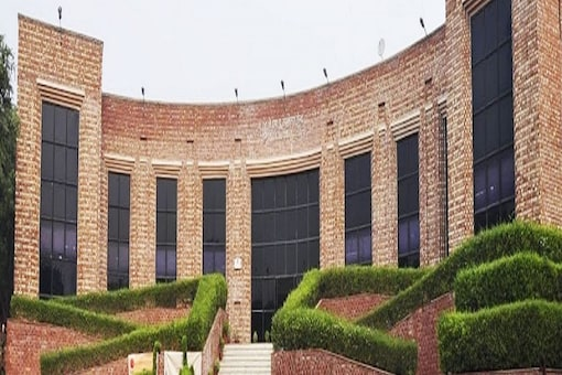 JNU continues COVID-19 related restrictions