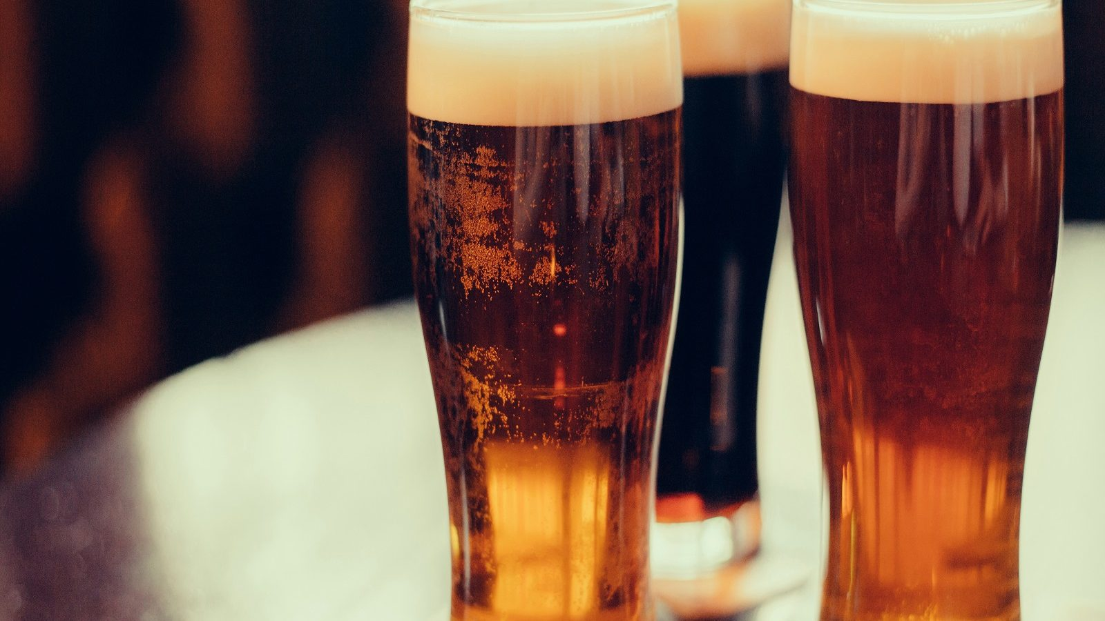 Pint a Day Keeps Doctor at Bay? Moderate Drinking Linked to Low Risk of Heart Attack