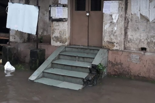 The Alipore court premise reportedly gets flooded every time after a short spell.
