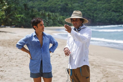 Review: Crystal Waters, Soft Sands, Clunky Dialogue In 'Old'