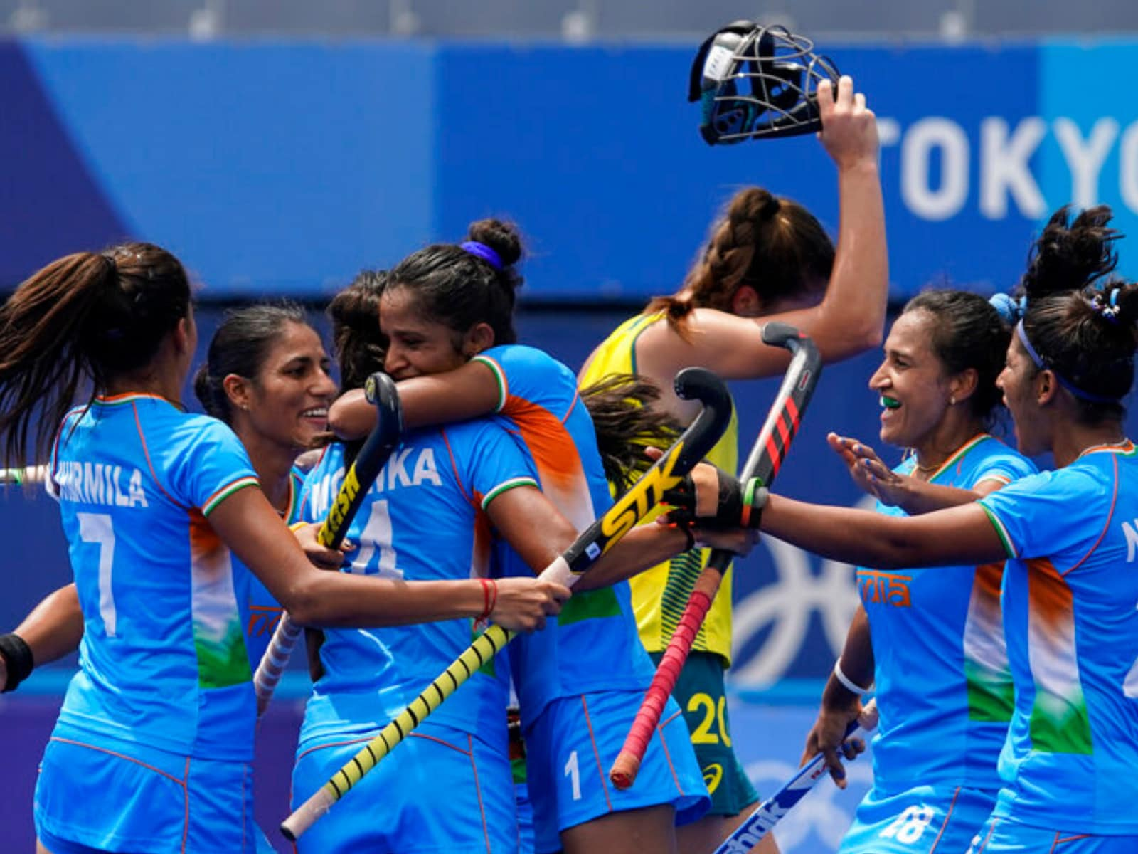 Tokyo 2020: Indian Women's Hockey Team Make History, Reach 1st Olympic  Semi-final with 1-0 Win over Australia