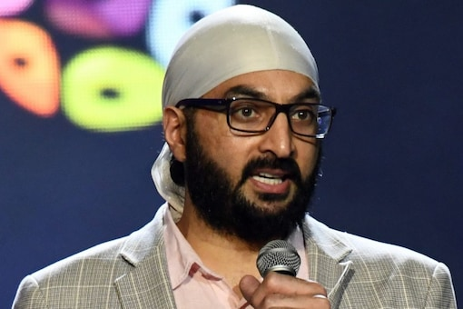 former England cricketer Monty Panesar has pulled out of KPL.