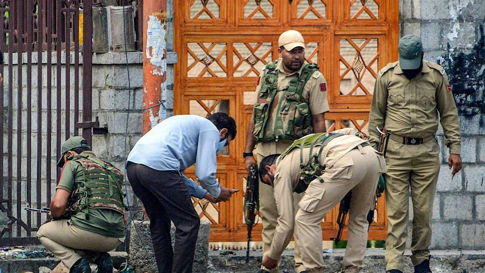 Security Forces Defuse 4 Bombs in Jammu and Kashmir's Poonch District