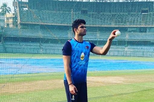 Arjun Tendulkar will be hoping to get a game for MI. (Pic Credit: IG/arjuntendulkar24)