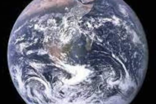 New study suggests that the life-nurturing magnetic field of the earth is weakening. (Credits: Reuters)