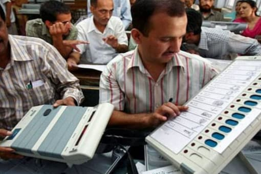 The Bengal bypolls will be held for Bhabanipur, Samserganj and Jangipur on September 30 and the results will be announced on October 3. (Representational image: Reuters)