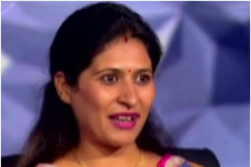 Kaun Banega Crorepati 13 contestant Neha urged Big B to let her father-in-law sit on the hot seat