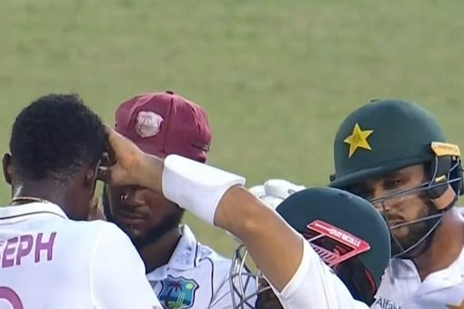 Mohammad Rizwan steal hearts with his lovely gesture towards Alzarri Joseph during the second WI vs PAK Test.