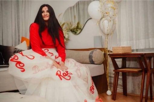 Rhea too is a fashionista like her sister Sonam Kapoor.